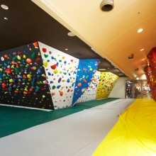 bouldering-nav-gym-gravity-research-mie